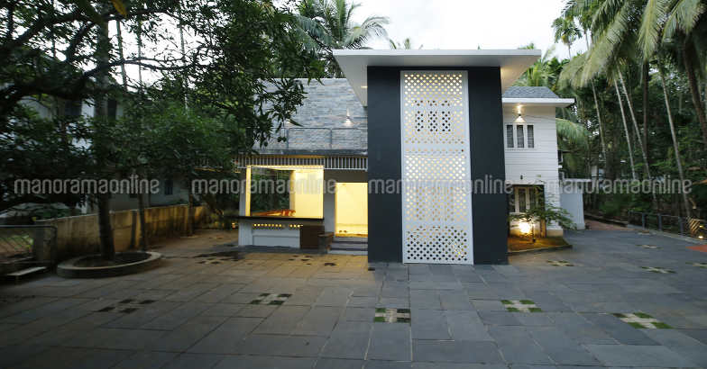 renovated-face-manjeri