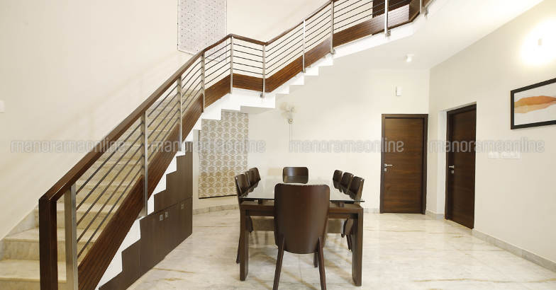 renovated-manjeri-home-dine
