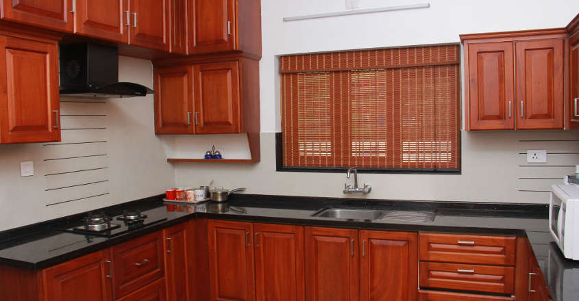 traditional-home-kannur-kitchen