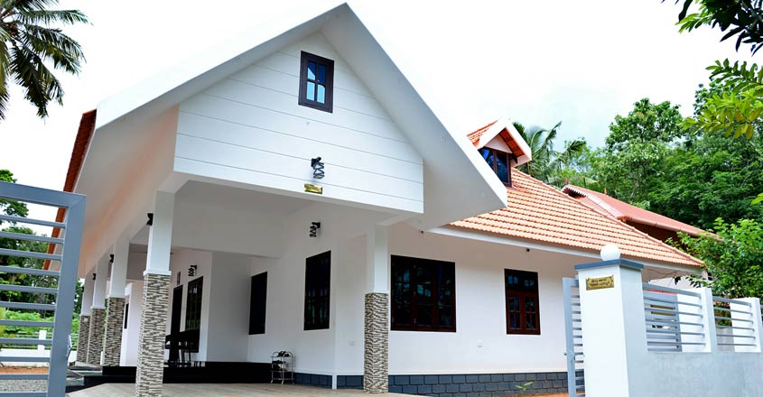 simple-house-kottayam-exterior