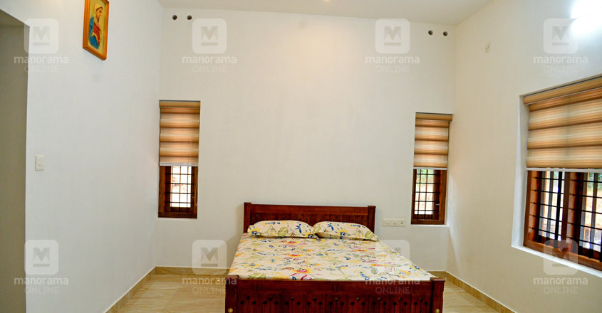 fusion-house-ayarkunnam-bed